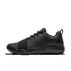 Мужские кроссовки Jordan 23 BreakoutМужские кроссовки Jordan Breakout из прочной синтетической кожи с обтекаемым силуэтом дополнены ярким ремешком в передней части стопы и фирменными элементами.<br>