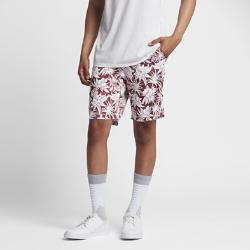 Мужские шорты Nike Dry SBМужские шорты Nike Dry SB из влагоотводящей ткани со вставкой в области шагового шва обеспечивают комфорт и естественную свободу движений.<br>