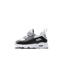 Кроссовки для малышей Nike Air Max Tiny 90Кроссовки для дошкольников Nike Air Max Tiny 90 с классическим профилем модели Air Max и обновленной системой амортизации обеспечивают комфорт на каждый день.<br>