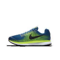 Беговые кроссовки для школьников Nike Zoom Pegasus 34Беговые кроссовки для школьников Nike Air Zoom Pegasus 34 обеспечивают упругую амортизацию, комфорт и надежную фиксацию стопы, помогая развивать потрясающую скорость во время ежедневных пробежек и важных соревнований.<br>
