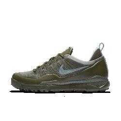Мужские кроссовки Nike Lupinek Flyknit LowМужские кроссовки Nike Lupinek Flyknit Low с плотно прилегающим верхом Flyknit, защитным покрытием и специальным рисунком подметки для городских улиц обеспечивают защиту от холода и непогоды.<br>