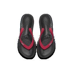 Шлепанцы для дошкольников/школьников Nike SolayШлепанцы для дошкольников/школьников Nike Solay с текстурированной стелькой и мягкой подошвой из пеноматериала обеспечивают потрясающую функциональность.<br>