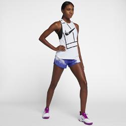 Женские теннисные шорты NikeCourt FlexЖенские теннисные шорты NikeCourt Flex из эластичной влагоотводящей ткани позволяют почувствовать уверенность и сконцентрироваться на игре.Энергичный принт напоминает о жестком песчаном грунте главного парижского корта.<br>