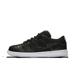 Мужская обувь для скейтбординга Nike SB Dunk Low QSМужская обувь для скейтбординга Nike SB Dunk Low QS — это не просто звездный дизайн. Помимо космической графики они отличаются системой мгновенной амортизации, надежным сцеплением и прочной конструкцией.<br>