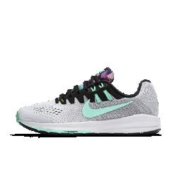 Женские беговые кроссовки Nike Air Zoom Structure 20 SolsticeЖенские беговые кроссовки Nike Air Zoom Structure 20 Solstice с более широким основанием обеспечивают непревзойденную стабилизацию, поддержку и гибкость, а также упругую амортизацию, которая делает каждый шаг комфортным.  Дополнительная стабилизация  Технология динамической поддержки адаптируется к движениям стопы для стабилизации при каждом приземлении. Мягкий пеноматериал для амортизации и плавности движений стопы.  Надежная фиксация  Технология Dynamic Fit в средней части стопы обеспечивает надежную фиксацию и идеальную посадку.  Легкость и воздухопроницаемость  Бесшовный верх Flymesh обеспечивает вентиляцию без утяжеления и длительный комфорт.<br>