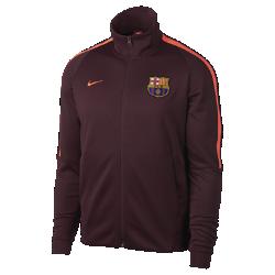 Мужская куртка FC Barcelona Authentic N98Мужская куртка FC Barcelona Authentic N98 обеспечивает тепло и комфорт благодаря прочной ткани и воротнику-стойке с молнией до подбородка.<br>