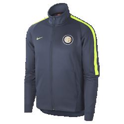 Мужская куртка Inter Milan Authentic N98Мужская куртка Inter Milan Authentic N98 обеспечивает тепло и комфорт благодаря прочной ткани и воротнику-стойке с молнией до подбородка.<br>