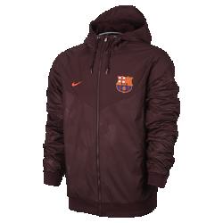 Мужская куртка FC Barcelona Authentic WindrunnerМужская куртка FC Barcelona Authentic Windrunner сохранила классические элементы оригинальной модели: шеврон на груди и прочную ткань, защищающую от непогоды на тренировке и каждый день.<br>