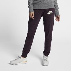 Женские брюки Nike Sportswear VintageЖенские брюки Nike Sportswear Vintage из потрясающе мягкого и прочного смесового хлопка обеспечивают комфорт на весь день.<br>