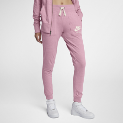 Женские брюки Nike Sportswear Gym VintageЖенские брюки Nike Sportswear Gym Vintage из потрясающе мягкой и прочной смесовой ткани на основе хлопка обеспечивают комфорт на весь день.<br>