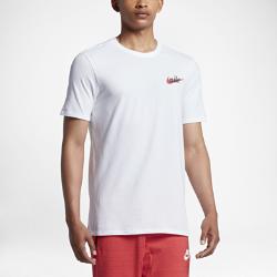 Мужская футболка Nike SportswearМужская футболка Nike Sportswear из мягкого хлопка обеспечивает комфорт на каждый день.<br>