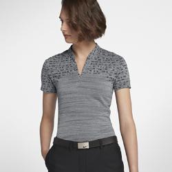 Женская рубашка-поло для гольфа Nike Zonal CoolingЗОНАЛЬНАЯ ВОЗДУХОПРОНИЦАЕМОСТЬ  Женская рубашка-поло для гольфа Nike Zonal Cooling из влагоотводящей ткани с продуманным расположением зон вентиляции обеспечивает охлаждение и комфорт, позволяя играть дольше.  Улучшенная вентиляция  Технология Nike Zonal Cooling повышает вентиляцию там, где это необходимо.  Отведение влаги  Ткань с технологией Nike Dri-FIT отводит влагу от кожи, обеспечивая комфорт.  Стиль и защита  Женственный V-образный вырез с обновленным воротником-стойкой для удобной посадки и стильного внешнего вида.<br>