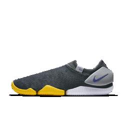 Мужские кроссовки Nike Aqua Sock 360Мужские кроссовки Nike Aqua Sock 360, созданные на основе модели 1989 года, обеспечивают комфорт на весь день благодаря плотно прилегающему и невероятно легкому верху и мягкой минималистичной подошве.<br>