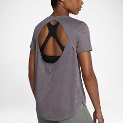 Женская беговая футболка с коротким рукавом Nike BreatheСозданная для самых интенсивных нагрузок женская беговая майка Nike Breathe из мягкой влагоотводящей сетки обеспечивает охлаждение и комфорт от старта до финиша.<br>