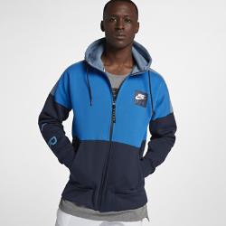 Мужская худи Nike SportswearМужская худи Nike Sportswear обеспечивает комфорт на весь день благодаря регулируемому капюшону и мягкому флису с начесом с изнаночной стороны.<br>
