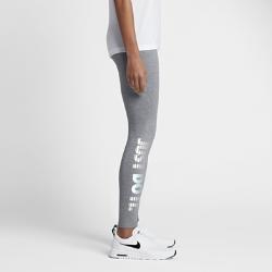 Женские леггинсы с графикой JDI Nike SportswearЖенские леггинсы с графикой JDI Nike Sportswear из мягкой эластичной ткани обеспечивают оптимальную свободу движений и комфорт на весь день.<br>