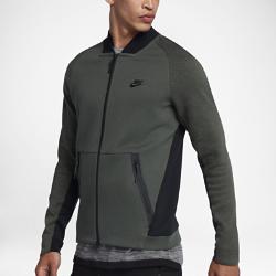 Мужская куртка Nike Sportswear Tech FleeceМужская куртка Nike Sportswear Tech Fleece из инновационной ткани с классическим силуэтом обеспечивает тепло и комфорт без лишних слоев.<br>