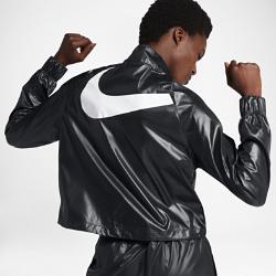 Женская куртка из тканого материала Nike SportswearЖенская куртка Nike Sportswear из легкого тканого материала с укороченным силуэтом.<br>