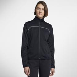 Женская куртка для гольфа с молнией во всю длину Nike ShieldЖенская куртка для гольфа с молнией во всю длину Nike Shield из легкого влагонепроницаемого материала защищает от непогоды во время игры.<br>