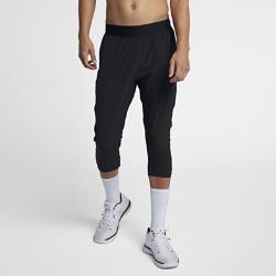 Мужские баскетбольные брюки Jordan Ultimate FlightМужские баскетбольные брюки Jordan Ultimate Flight из эластичной влагоотводящей ткани с фирменными элементами обеспечивают комфорт и естественную свободу движений на площадке и за ее пределами.<br>