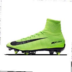Футбольные бутсы для игры на мягком грунте Nike Mercurial Superfly V Dynamic Fit SG-PRO Anti-ClogФутбольные бутсы для игры на мягком грунте Nike Mercurial Superfly V Dynamic Fit SG-PRO Anti-Clog обеспечивают отличную посадку, превосходное касание мяча и потрясающее сцепление с поверхностью, позволяя развивать максимальную скорость на поле.<br>