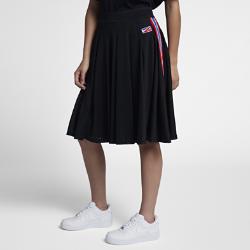 Баскетбольная юбка NikeLab x RTСозданная из классической легкой сетки, используемой в баскетбольных моделях, баскетбольная юбка NikeLab x RT предстает в версии в повседневном стиле.  ФУНКЦИОНАЛЬНОСТЬ И КОМФОРТ  Боковые карманы повышают практичность, а подкладка как у классических баскетбольных шорт обеспечивает легкость и комфорт.  ПОЯС FLYVENT  Пояс Nike Flyvent с перфорацией для вентиляции.<br>