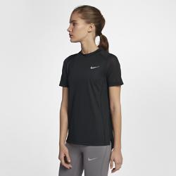 Женская беговая футболка с коротким рукавом Nike MilerЖенская беговая футболка с коротким рукавом Nike Miler из влагоотводящей ткани со вставкой из сетки на спине обеспечивает охлаждение и комфорт во время бега.<br>