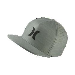 Бейсболка унисекс Hurley Icon Dri-FITБейсболка унисекс Hurley Icon Dri-FIT из материала Nike Dri-FIT обеспечивает охлаждение и комфорт в течение всего дня.<br>