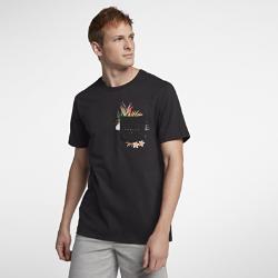 Мужская футболка Hurley Overgrown PocketМужская футболка Hurley Overgrown Pocket из 100% хлопка с принтом, изображающим экзотическую фауну, обеспечивает первоклассный комфорт и воздухопроницаемость.<br>