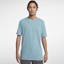 Мужская футболка Hurley Tri-Blend StapleМужская футболка Hurley Tri-Blend Staple из невероятно мягкой смесовой ткани обеспечивает комфорт на весь день и долговечность.<br>