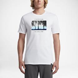 Мужская футболка Hurley SunraysМужская футболка Hurley Sunrays из 100% хлопка воплощает безмятежность рассвета на пляже и обеспечивает вентиляцию и комфорт.<br>