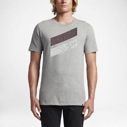 Мужская футболка Hurley Icon Slash Push ThroughМужская футболка Hurley Icon Slash Push Through из мягкой и прочной ткани на основе хлопка обеспечивает комфорт на каждый день и долговечность.<br>