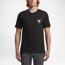 Мужская футболка Hurley WolfМужская футболка Hurley Wolf из мягкого и комфортного 100% хлопка поможет тебе проявить свою дикую натуру.<br>