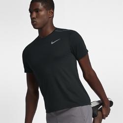 Мужская беговая футболка с коротким рукавом Nike TailwindМужская беговая футболка с коротким рукавом Nike Tailwind из влагоотводящей ткани со вставкой из сетки на спине обеспечивает вентиляцию и комфорт во время бега.<br>