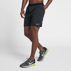 Мужские беговые шорты с подкладкой Nike Distance 18 смМужские беговые шорты с подкладкой Nike Distance 18 см из эластичной ткани с перфорацией обеспечивают свободу движений и улучшенную циркуляцию воздуха во время бега.<br>
