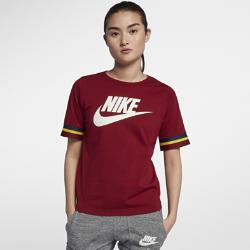 Женская футболка с коротким рукавом Nike SportswearЖенская футболка с коротким рукавом Nike Sportswear из прочного 100% хлопка обеспечивает комфорт на весь день.<br>