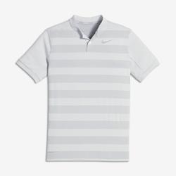 Рубашка-поло для гольфа для мальчиков школьного возраста Nike Zonal CoolingРубашка-поло для гольфа для мальчиков школьного возраста Nike Zonal Cooling из легкой влагоотводящей ткани с зонами усиленной вентиляции обеспечивает комфортное охлаждение во время игры.<br>