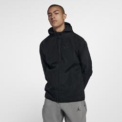 Мужская куртка Jordan Sportswear Wings WindbreakerМужская куртка Jordan Sportswear Wings Windbreaker из гладкой тафты с регулируемым капюшоном обеспечивают тепло и комфорт в изменчивых погодных условиях.<br>