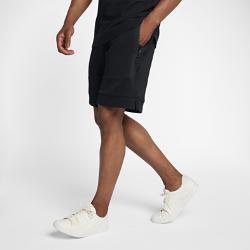 Мужские шорты NikeCourtМужские шорты NikeCourt из легкой ткани со вставками из сетки обеспечивает воздухопроницаемость и комфорт в любой ситуации.<br>
