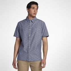 Мужская рубашка с коротким рукавом Hurley Pescado OxfordМужская рубашка с коротким рукавом Hurley Pescado Oxford из 100% хлопка с элегантным тканым принтом обеспечивает комфорт и вентиляцию, помогая создать стильный образ для особых случаев.<br>