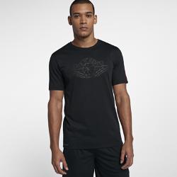 Мужская футболка Jordan RiseМужская футболка Jordan Rise из влагоотводящей ткани с фирменными деталями обеспечивает комфорт.<br>