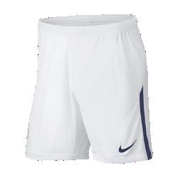 Мужские футбольные шорты 2017/18 Tottenham Hotspur FC Stadium Home/AwayМужские футбольные шорты 2017/18 Tottenham Hotspur FC Stadium Home/Away из легкой ткани со вставками из эластичной сетки обеспечивают длительный комфорт и естественную свободу движений.<br>