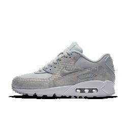 Женские кроссовки Nike Air Max 90 PremiumЖенские кроссовки Nike Air Max 90 Premium обеспечивают легкость и амортизацию, сделавшую популярной оригинальную модель, а обновленный верх обеспечивает комфорт и поддержку.<br>