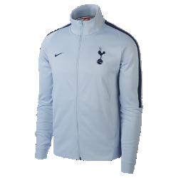 Мужская куртка Tottenham Hotspur FC Authentic N98Мужская куртка Tottenham Hotspur FC Authentic N98 обеспечивает тепло и комфорт благодаря прочной ткани и воротнику-стойке с молнией до подбородка.<br>