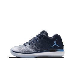 Баскетбольные кроссовки для школьников Air Jordan XXXI LowБаскетбольные кроссовки для школьников Air Jordan XXXI Low с конструкцией Flyweave и вставкой Air-Sole обеспечивают надежную поддержку и невесомую амортизацию.<br>