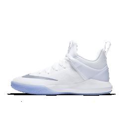 Мужские баскетбольные кроссовки Nike Zoom ShiftМужские баскетбольные кроссовки Nike Zoom Shift со вставкой Zoom Air в передней части стопы и внешним задником обеспечивают амортизацию, превосходную стабилизацию и поддержку голеностопа.<br>