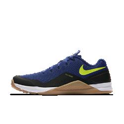 Мужские кроссовки для тренинга Nike Metcon Repper DSXМужские кроссовки для тренинга Nike Metcon Repper DSX выдерживают все нагрузки кросс-тренинга, позволяя двигаться с максимальной скоростью.  Поддержка там, где необходимо  Сверхпрочные нити Flywire интегрированы со шнуровкой для надежной фиксации стопы.  Легкость и амортизация  Амортизирующий пеноматериал обеспечивает легкость и комфорт при поднятии веса, беге, прыжках и упражнениях с канатом.  Стабилизирующая платформа  Плоская область пятки обеспечивает стабилизацию и сцепление с поверхностью при мощных рывках.<br>
