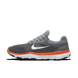 Мужские кроссовки для тренинга Nike Free Trainer V7Ультралегкие мужские кроссовки для тренинга Nike Free Trainer V7 с невероятно гибкой подошвой Nike Free обеспечивают необходимые для высокоинтенсивных тренировок стабилизацию и универсальность.<br>