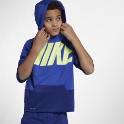 Худи для тренинга для мальчиков школьного возраста Nike ThermaХуди для тренинга для мальчиков школьного возраста Nike Therma из первоклассной влагоотводящей термоткани обеспечивает тепло и комфорт во время тренировок и игр.  ТЕПЛО  Ткань Nike Therma использует выделяемое телом тепло для оптимального комфорта и защиты от холода.  ЗАЩИТА И СВОБОДА ДВИЖЕНИЙ  Эластичная ткань плотно прилегает к телу и не сковывает движений во время игры. Рукава повторяют форму рук для свободы движений.<br>