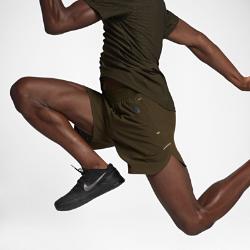 Мужские шорты для тренинга NikeLab Essentials RepelМужские шорты для тренинга NikeLab Essentials Repel из тканого материала с прочным водоотталкивающим покрытием DWR со стандартной посадкой обеспечивают комфорт во время тренировки.<br>
